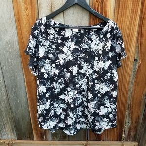 Penningtons In Every Story Floral Blouse
